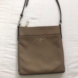 Coach body cross bag